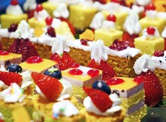 Ciasta i desery na weselu