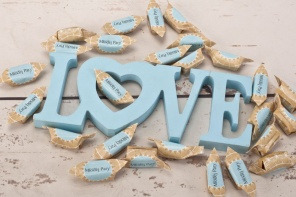 Słodki upominek dla gości weselnych - krówki ślubne