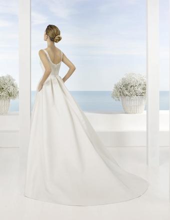Kolekcja sukien ślubnych Luna Novias 2016, model TENTACION