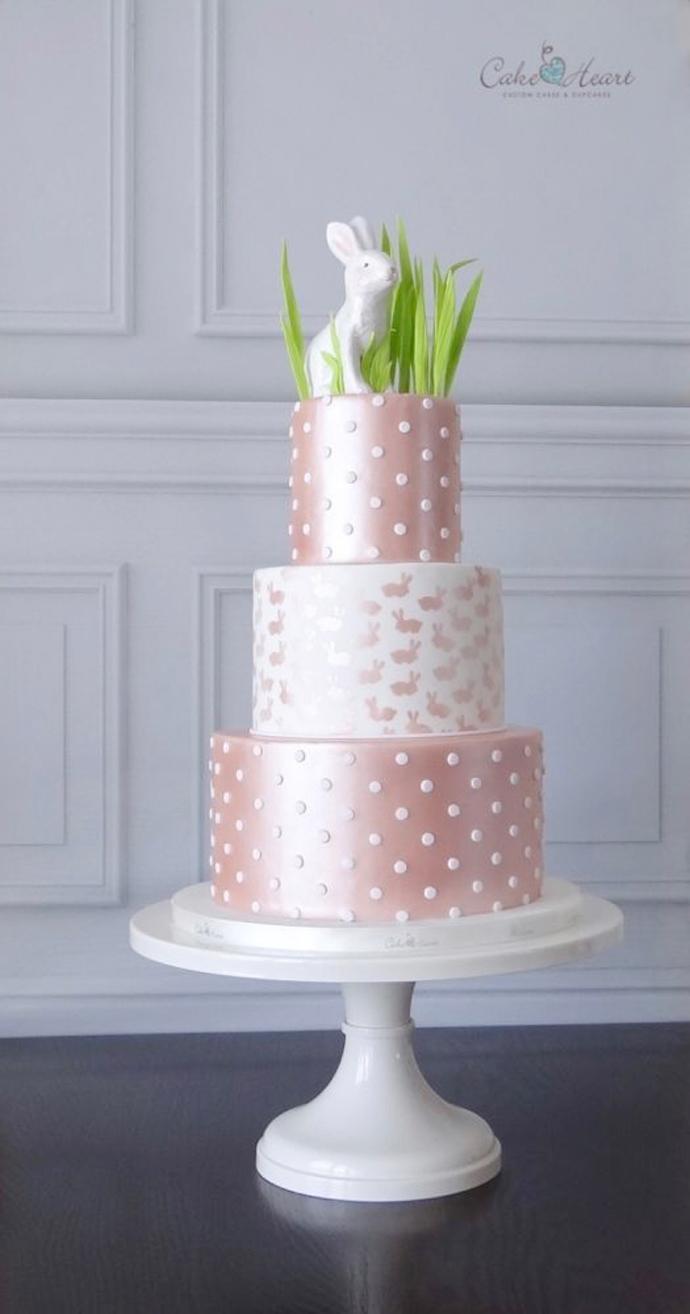Wielkanocny tort weselny