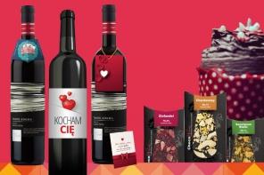 Winezja - etykiety, zawieszki czapeczki na wino weselne