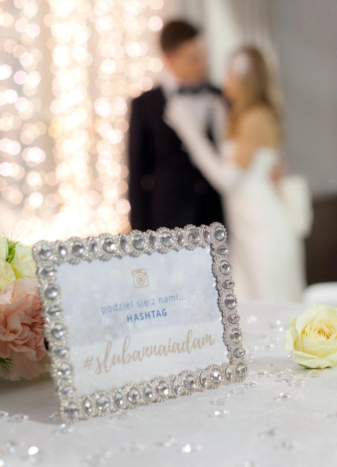 Ślubny hasztag w mediach społecznościowych
