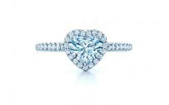 Ekskluzywny pierścionek zaręczynowy z diamentami