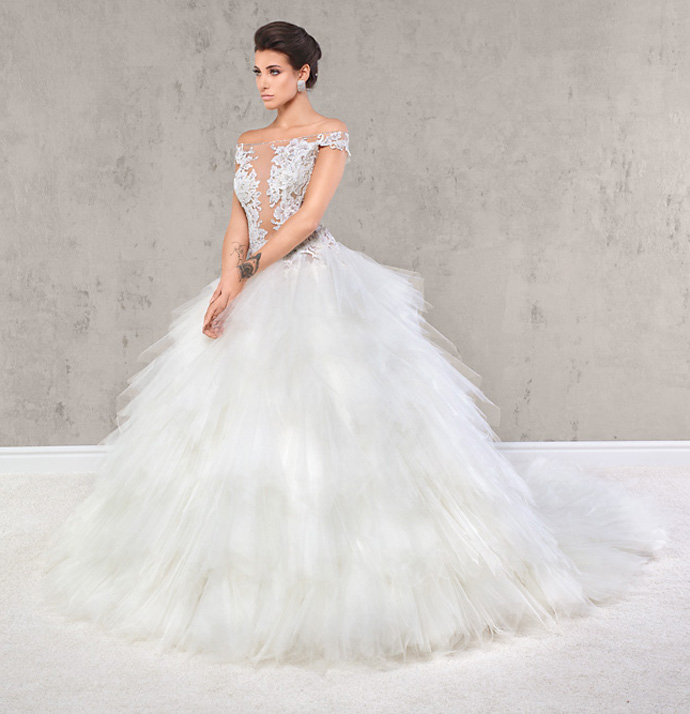 Bardzo dobra Suknie ślubne z falbanami - Przewodnik Młodej Pary OR36