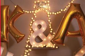 Litery świetlne i balony z helem na ślub
