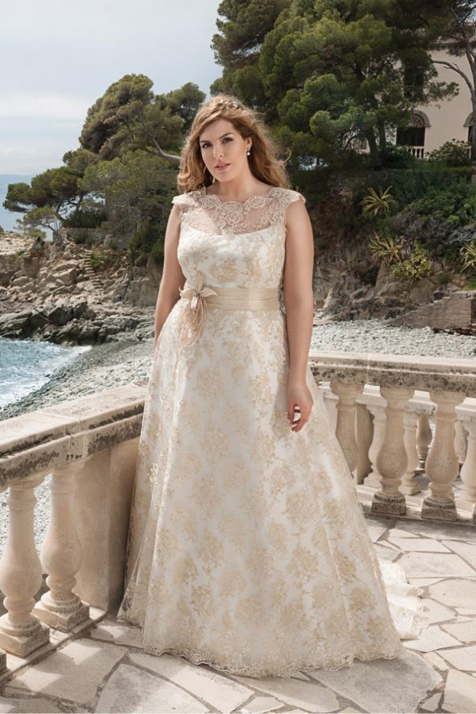 Suknia ślubna Agnes Bridal Lovely size plus złota