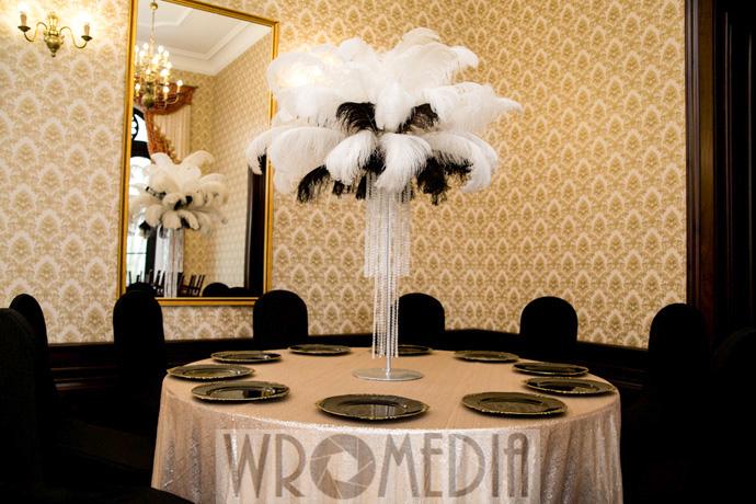 Biało-czarna dekoracja sali weselnej