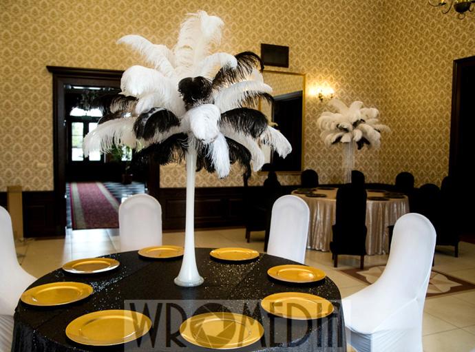 Czarno-białe dekoracje sali weselnej