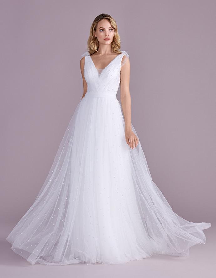 Zwiewna suknia wielowarstwowa