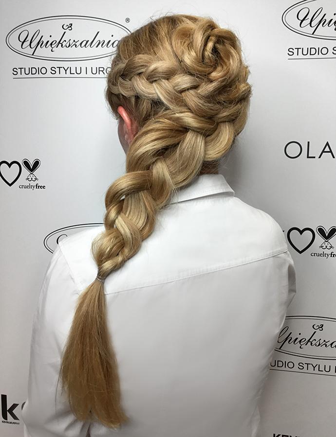 Efektownie splecione włosy do ślubu
